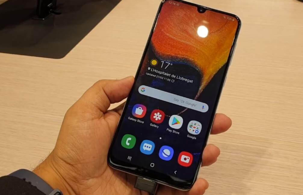 Samsung Galaxy A20 vs A50 Review , Comparison And Deals