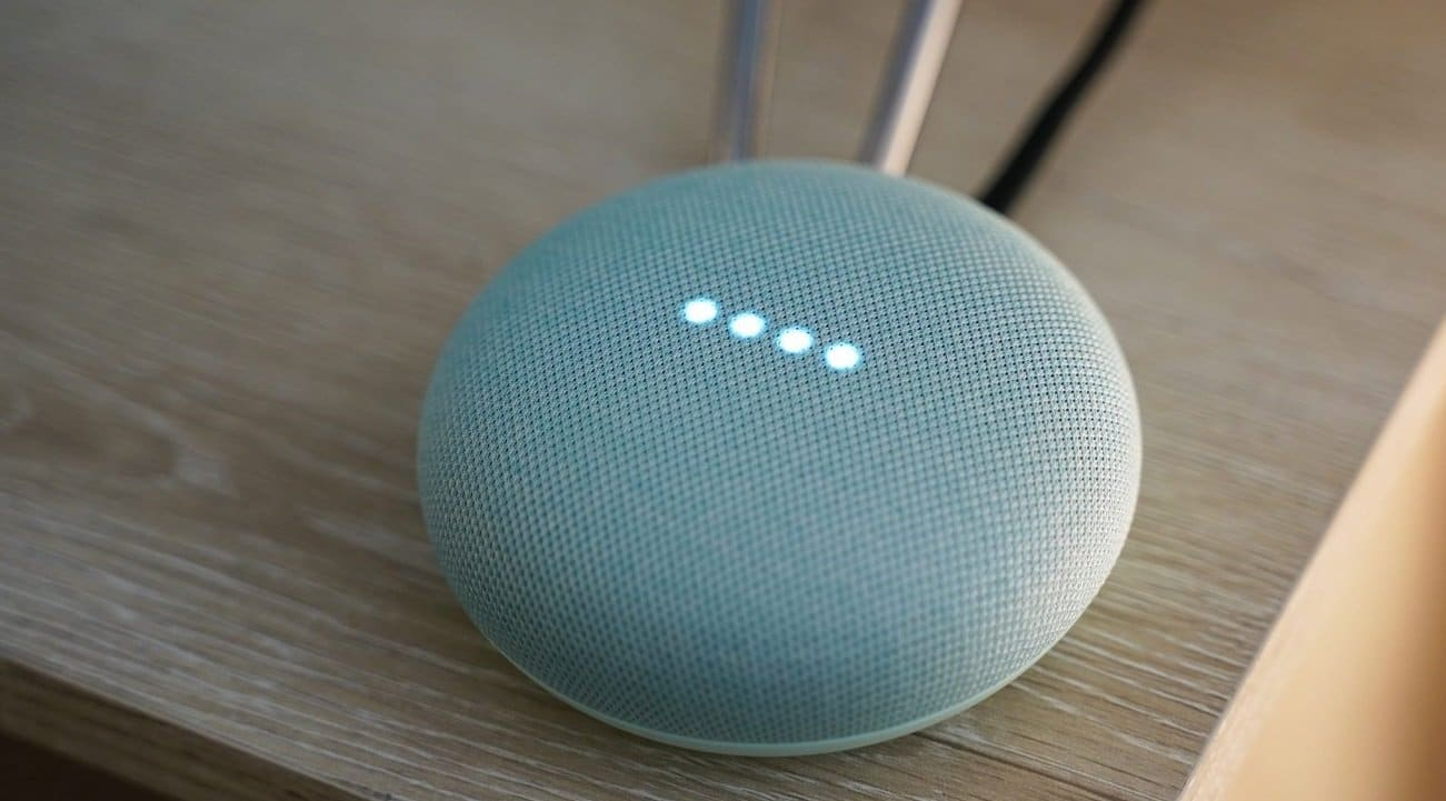 Google devises Sale 2020 - Google Home Mini Smart Speaker