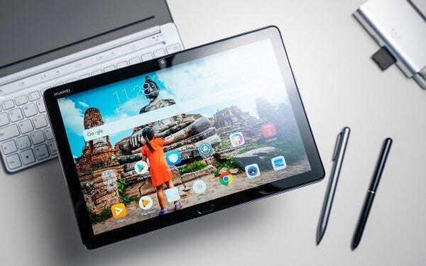 HUAWEI MediaPad M5 Lite - Black Friday & Cyber Monday Deals 2020